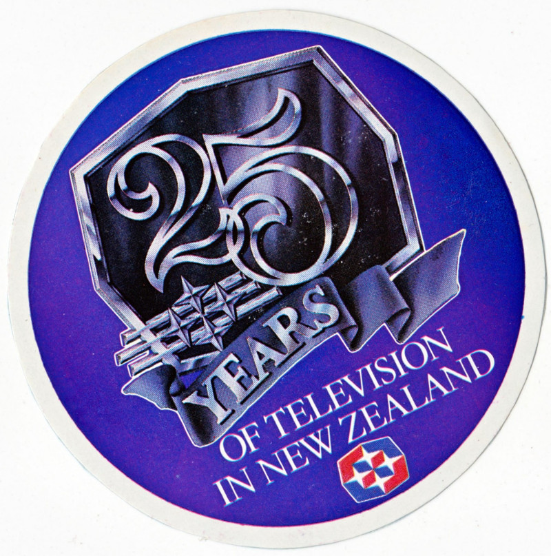 25yearsoftvinnzsticker.jpg